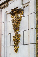Buildings_and_Sculptures-10